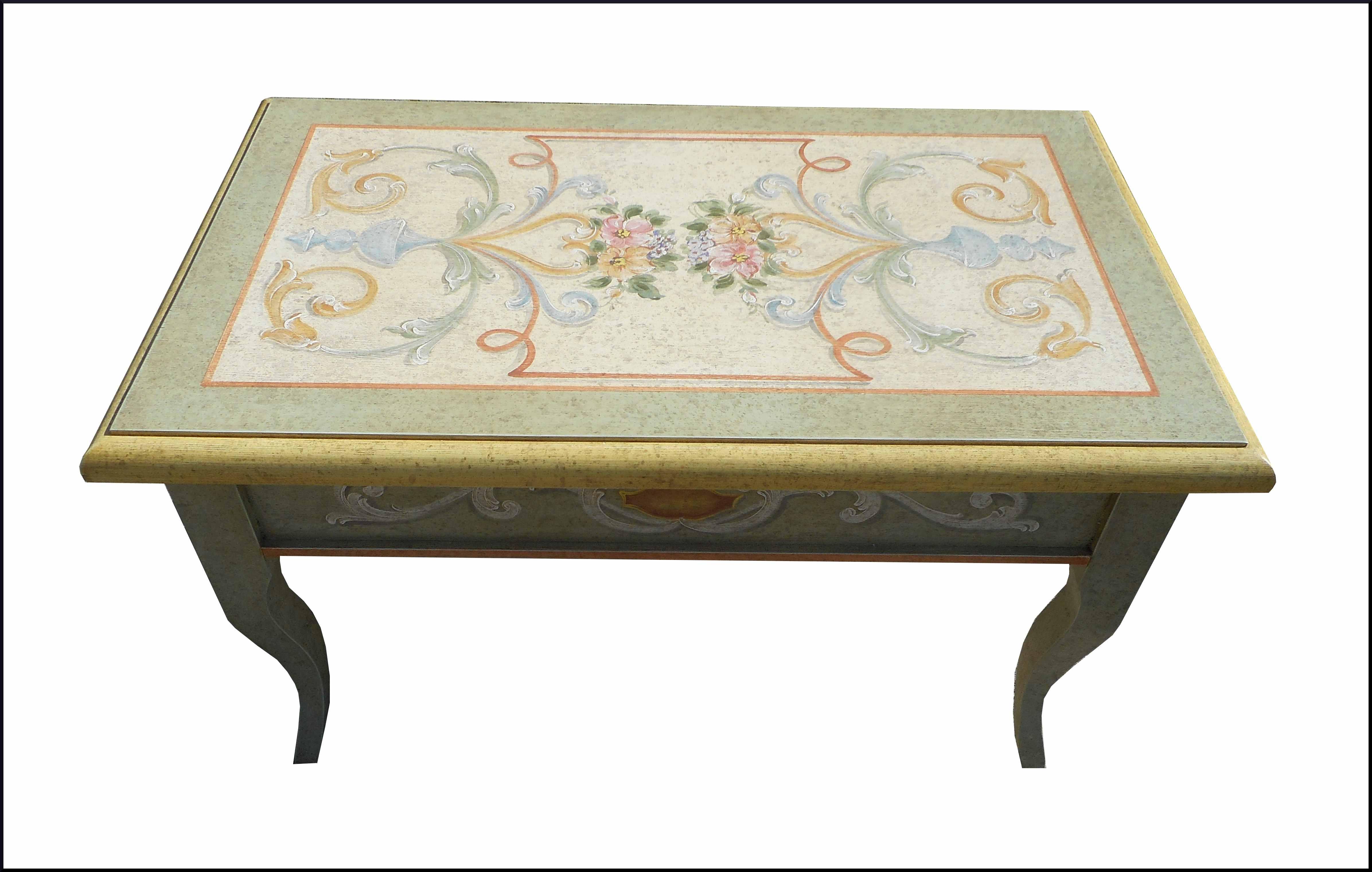 Tavolini Da Salotto In Stile Classico.Novita E Promozioni Mobili Antichi Restaurati E Riprodotti La