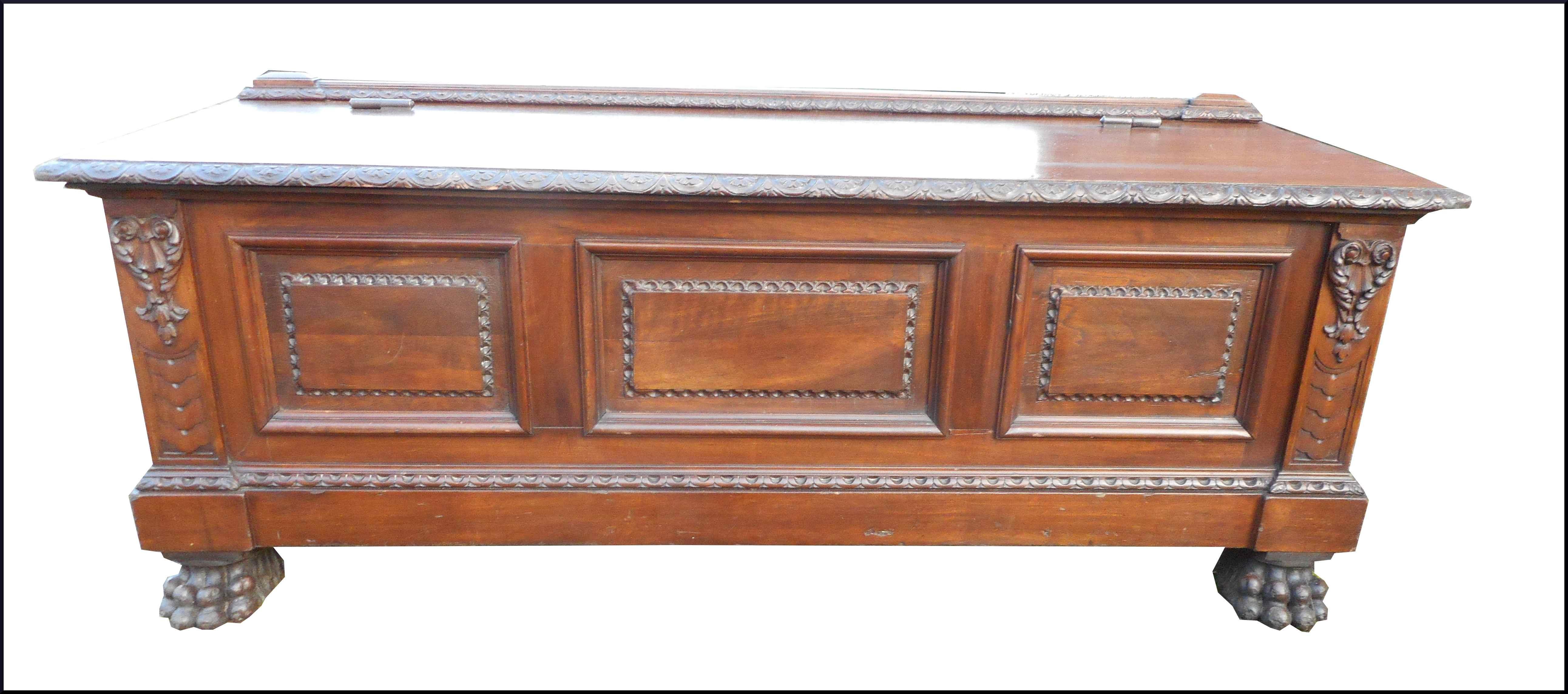 News mobili antichi restaurati e riprodotti la commode for Cassapanca restaurata