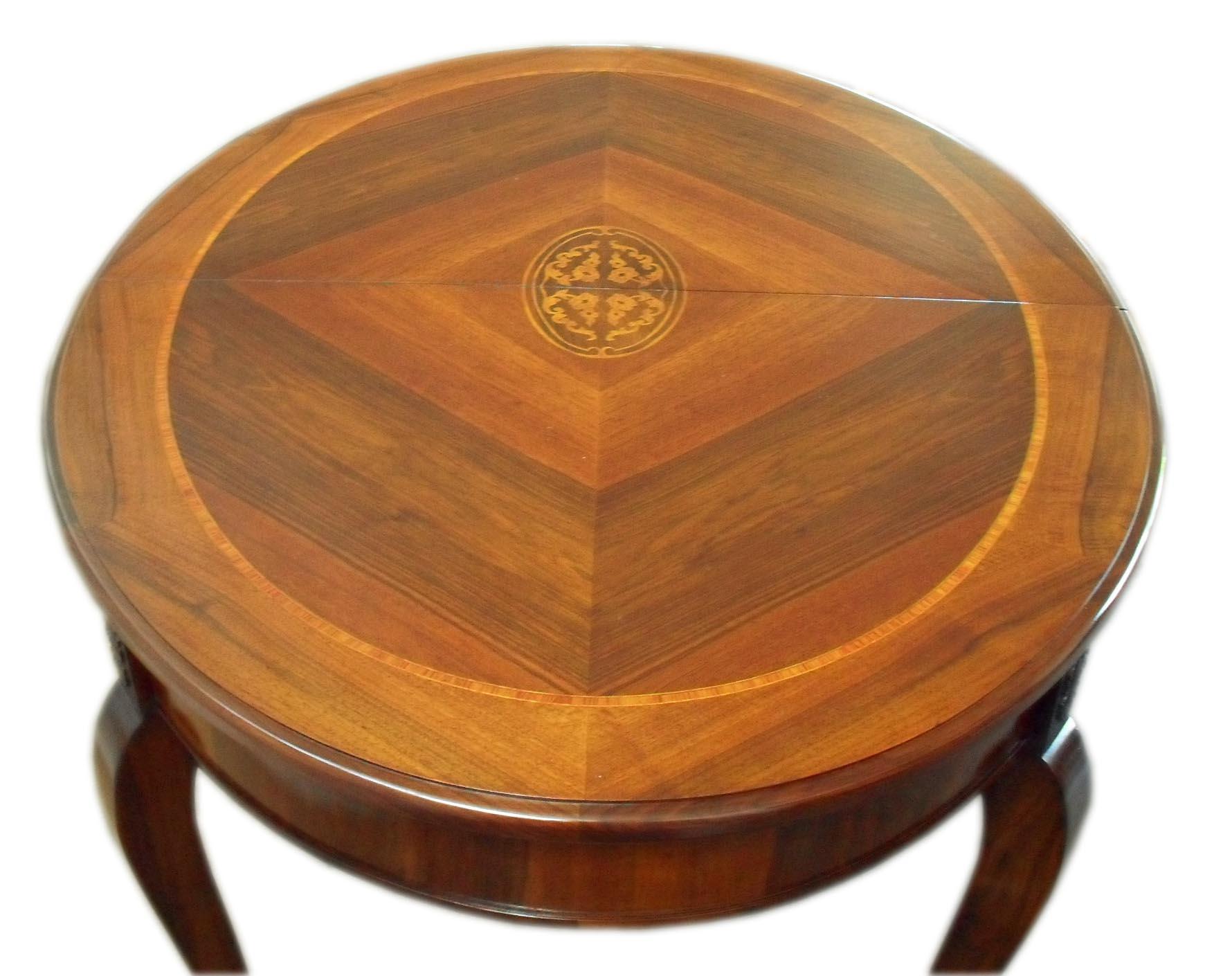 Tavolo ovale allungabile noce su misura intarsiato