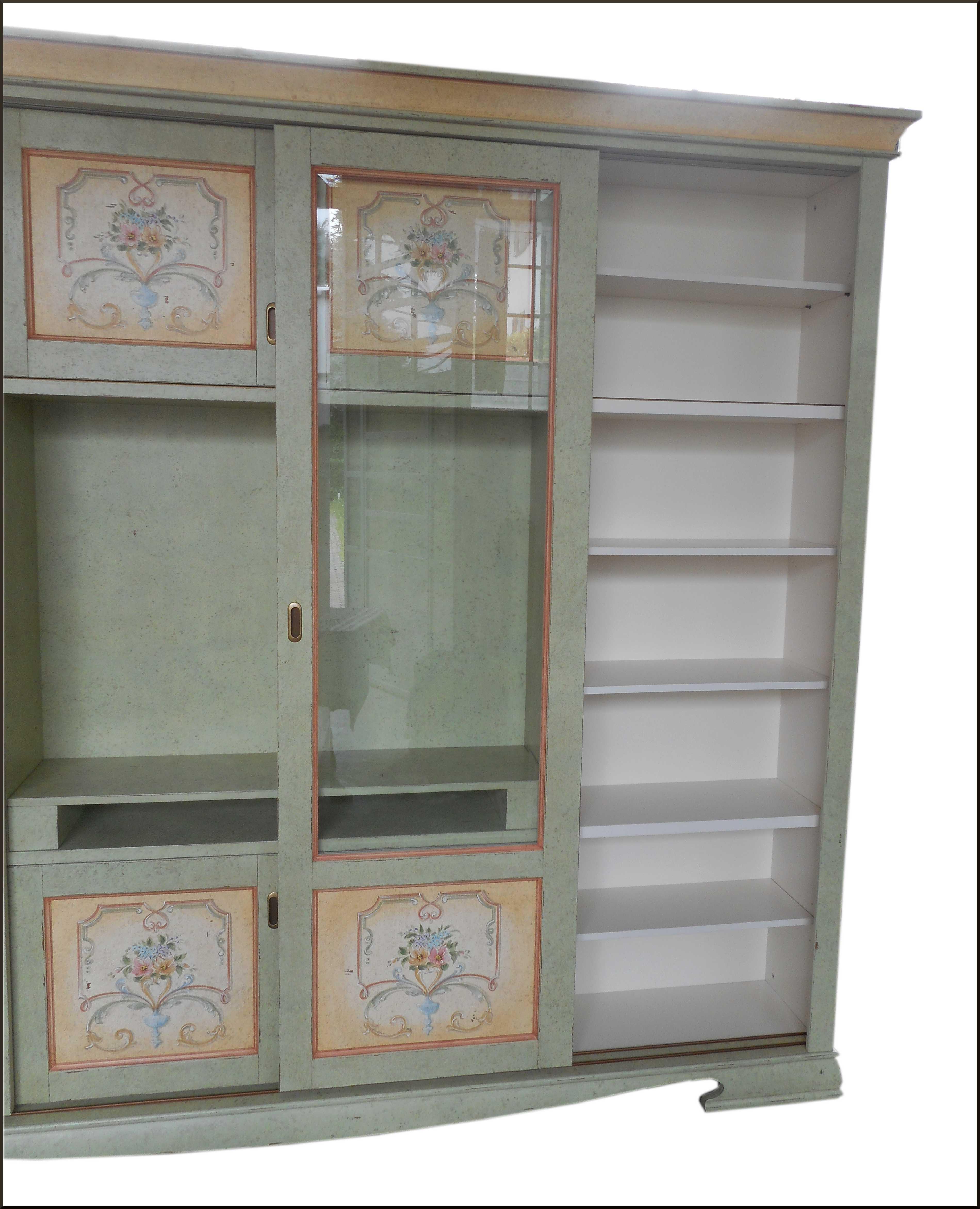 Libreria porta tv dipinta  a mano