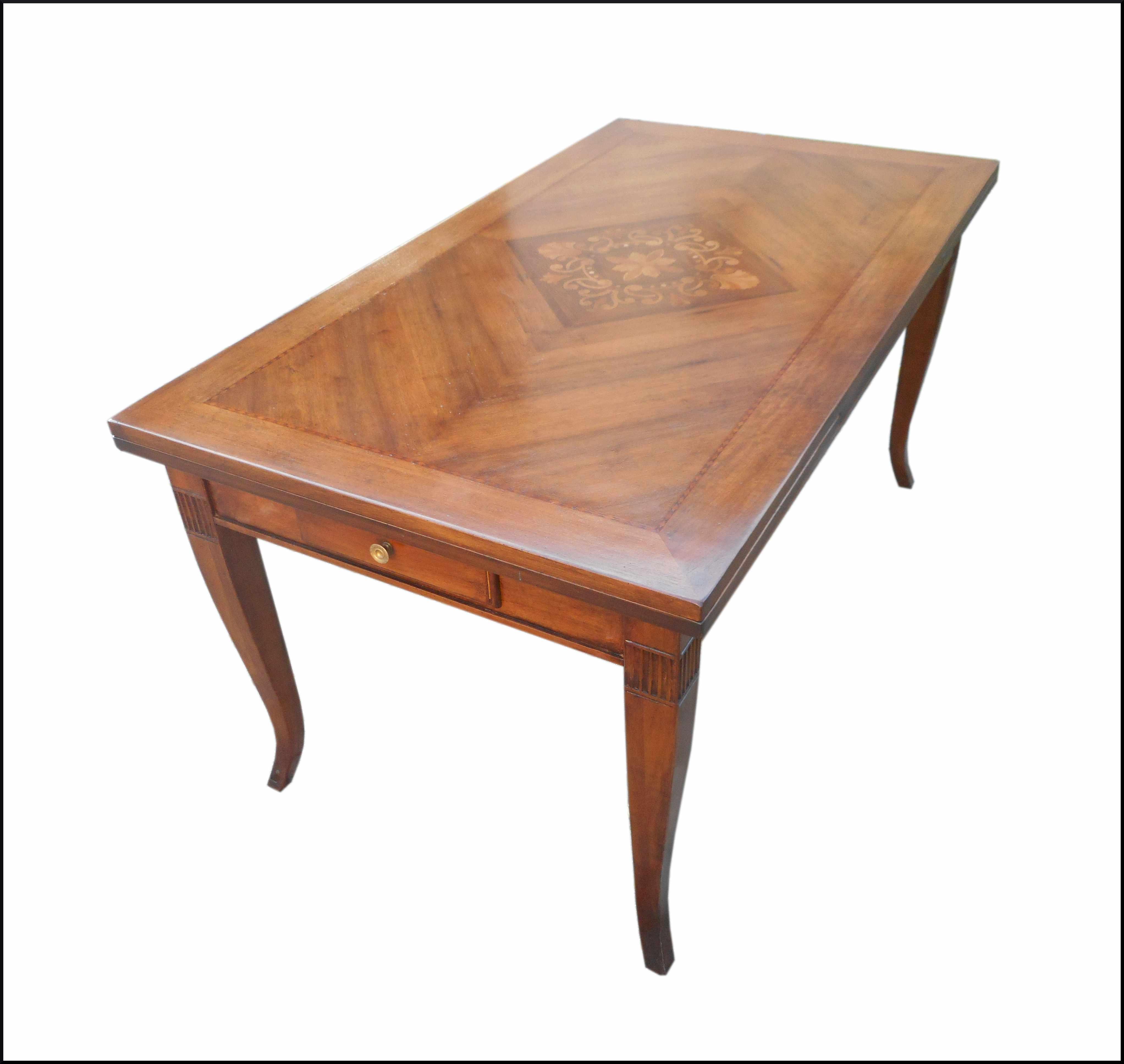 Tavolo classico con piano intarsiato allungabile