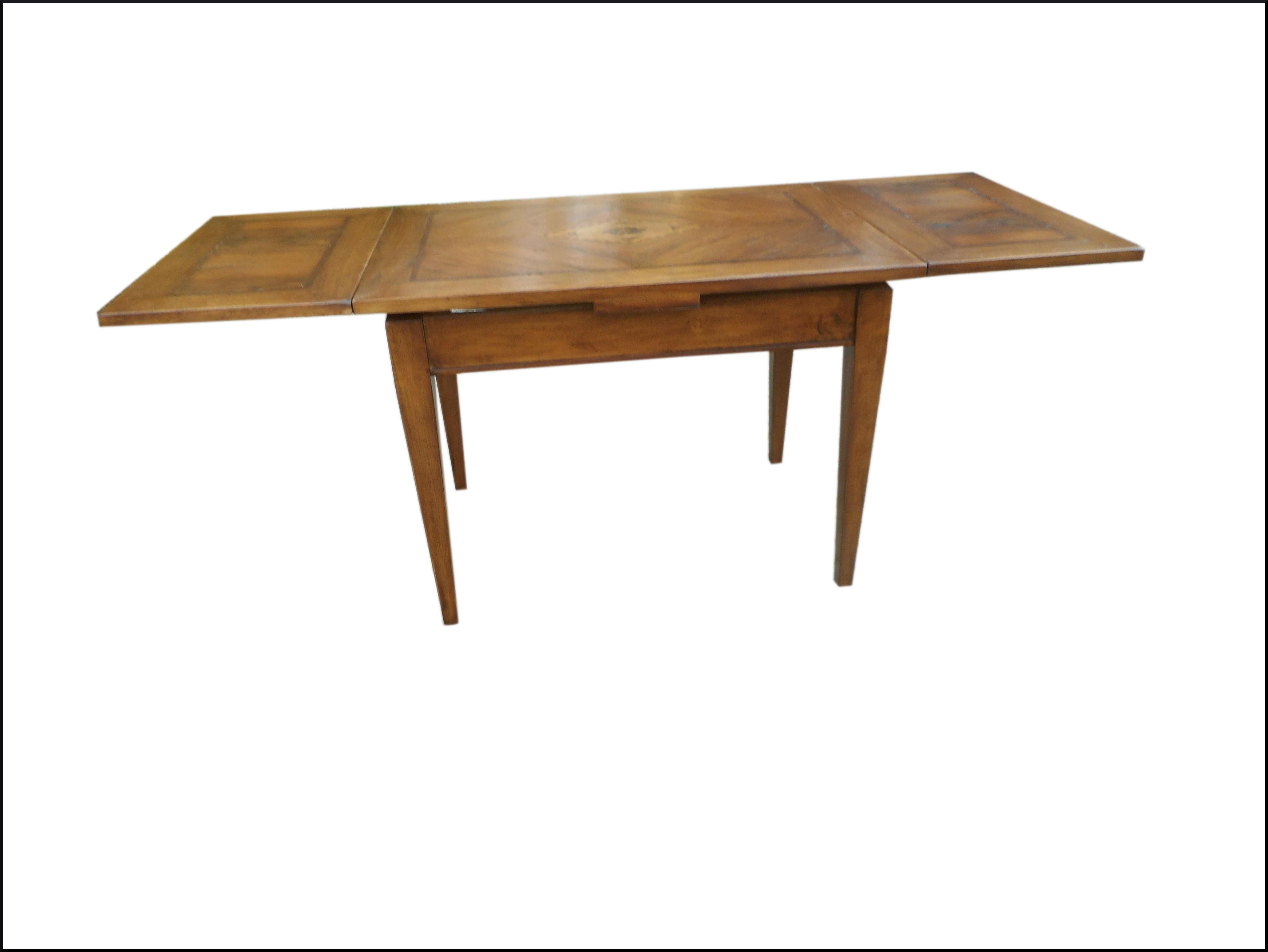 Tavolo classico  in noce nazionale da 110