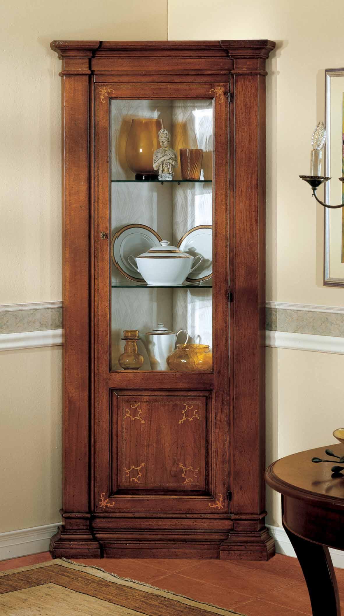vetrina ad angolo con pannello intarsiato - La Commode di Davide Corno