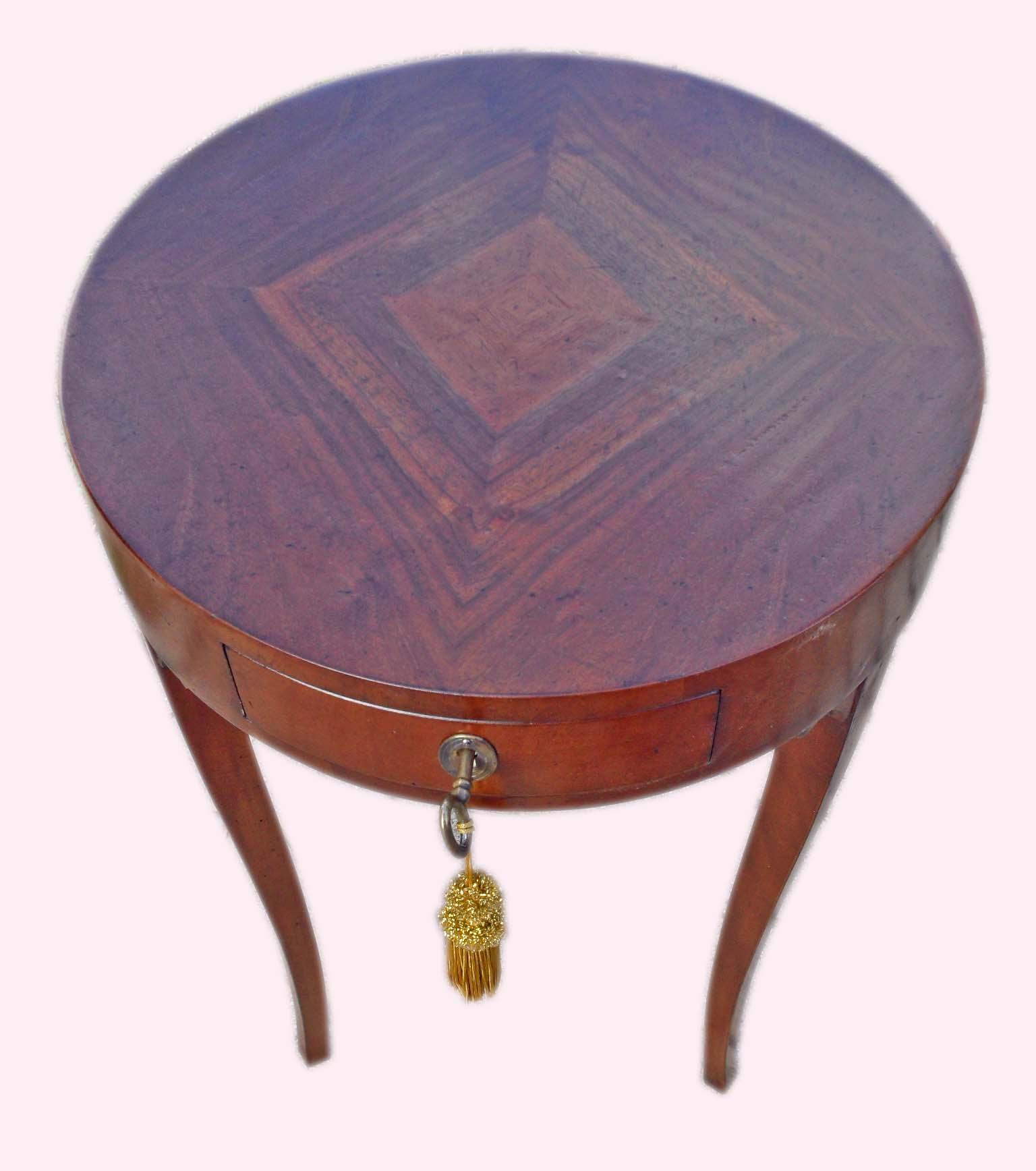 Tavolino rotondo impero con cassetto