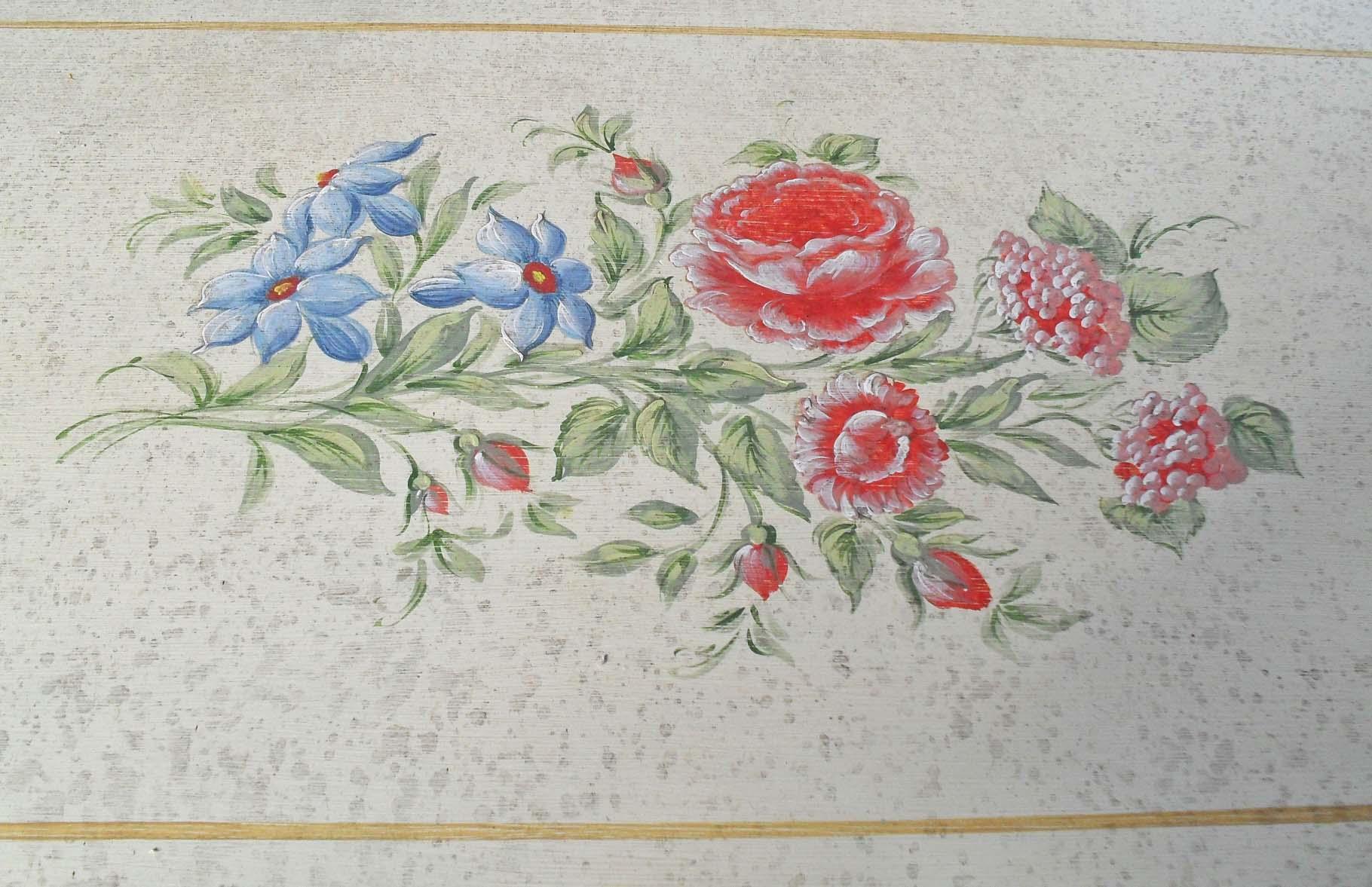 Credenza 3 porte dipinta a mano  con fiori