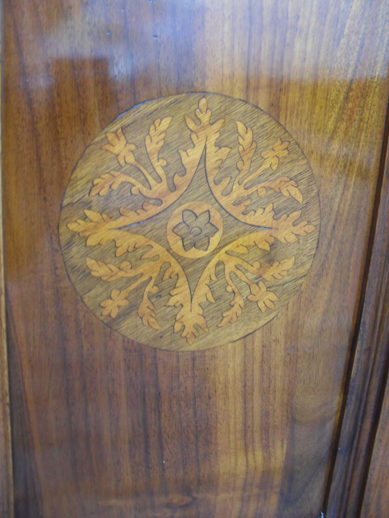 Elegante angoliera cantonale  stile luigi filippo