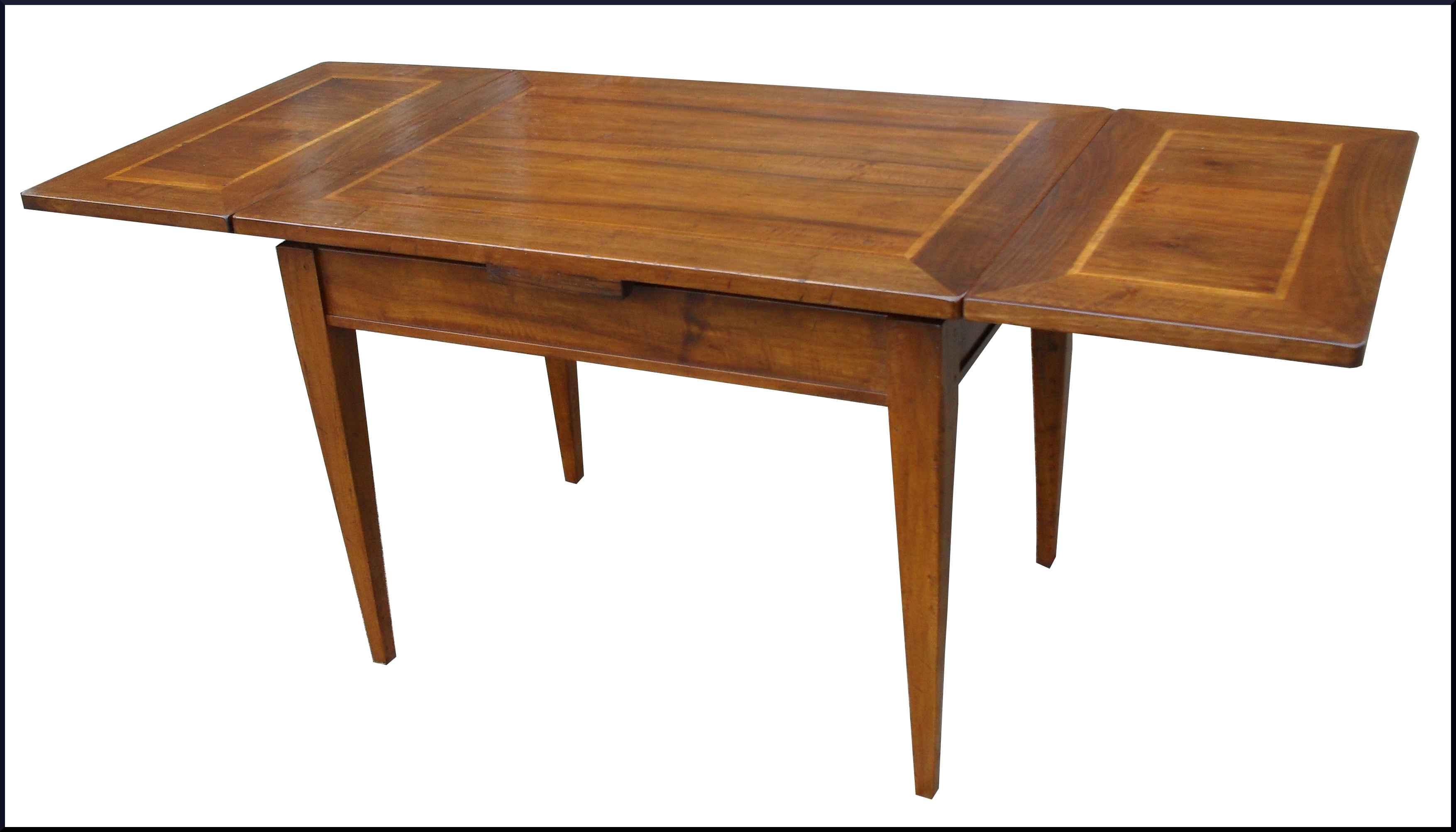 Tavolo classico in noce vecchio apribile