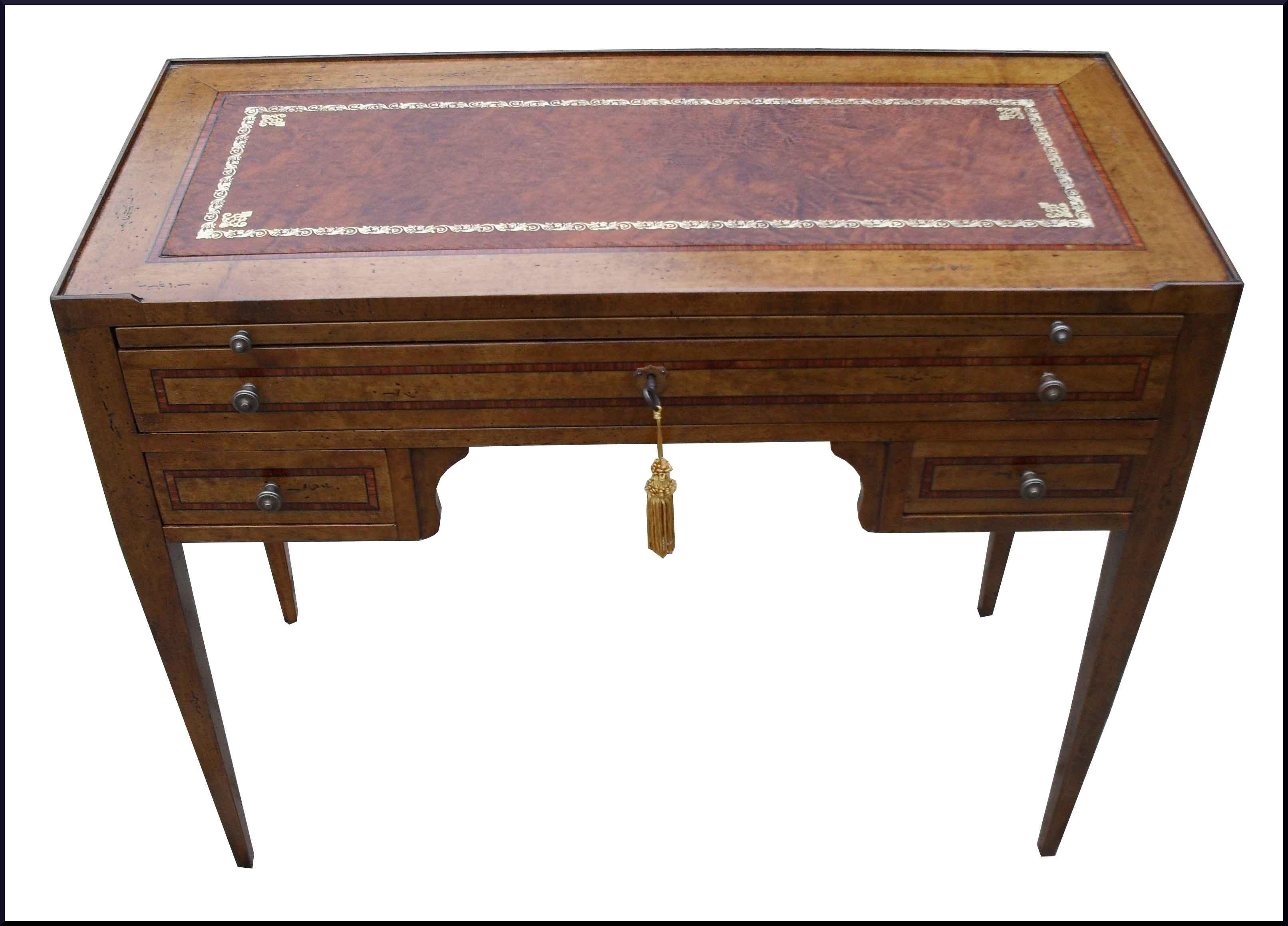 Mobili antichi restaurati e riprodotti la commode di for Riproduzioni mobili design