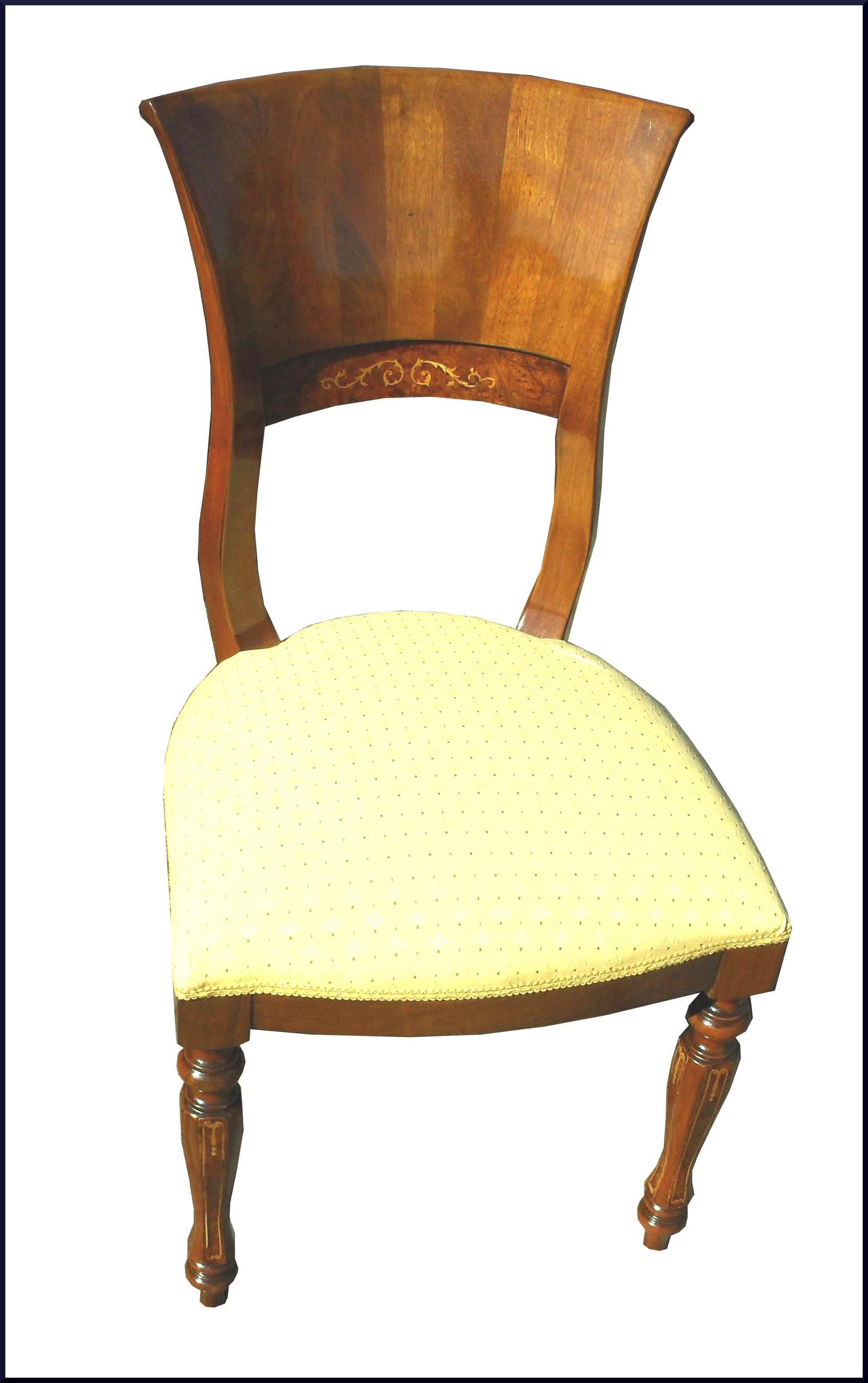 Raffinata sedia con gambe intarsiate
