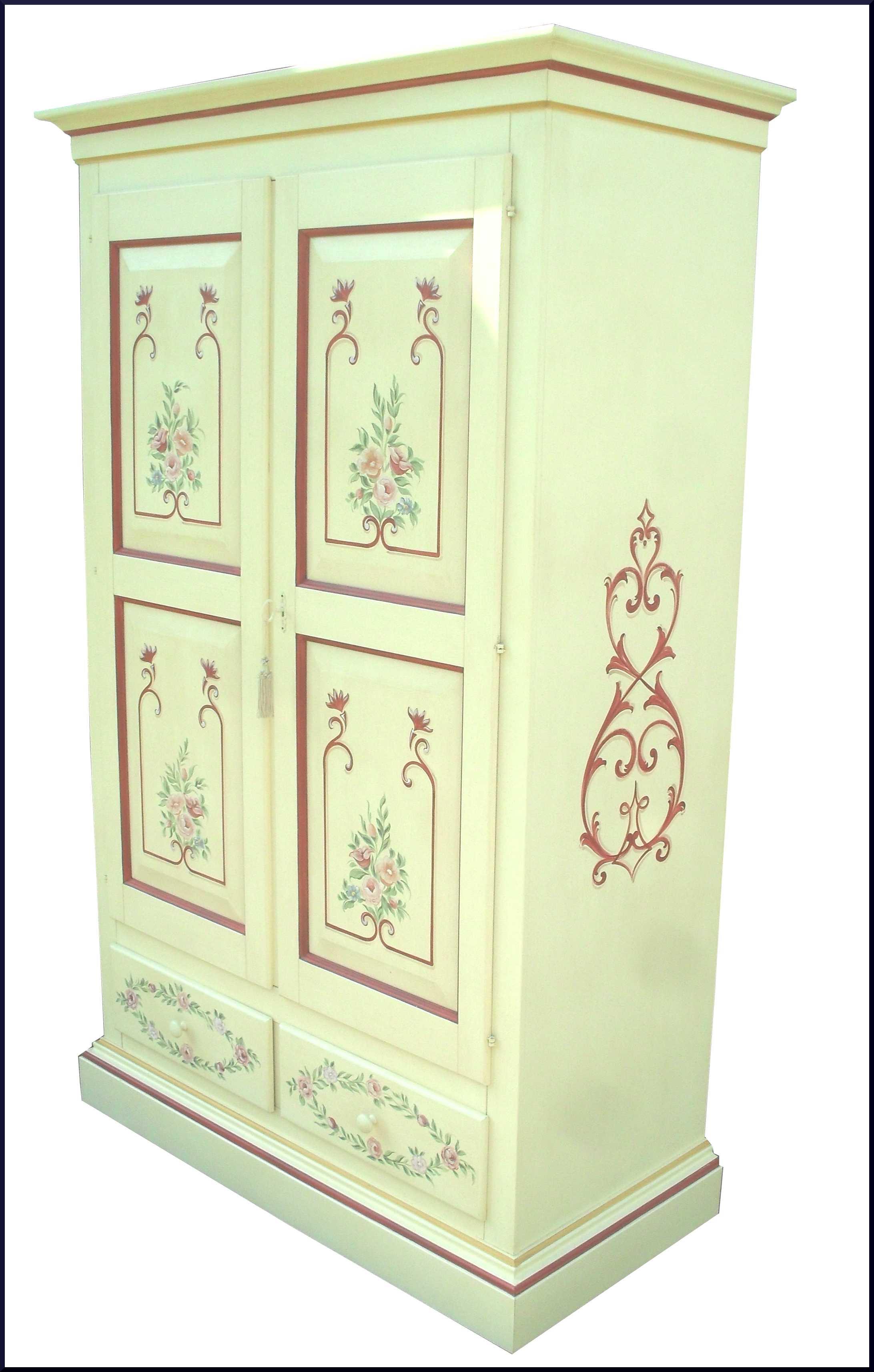 Armadio dipinto a mano con motivi floreali la commode di for Catalogo di mobili