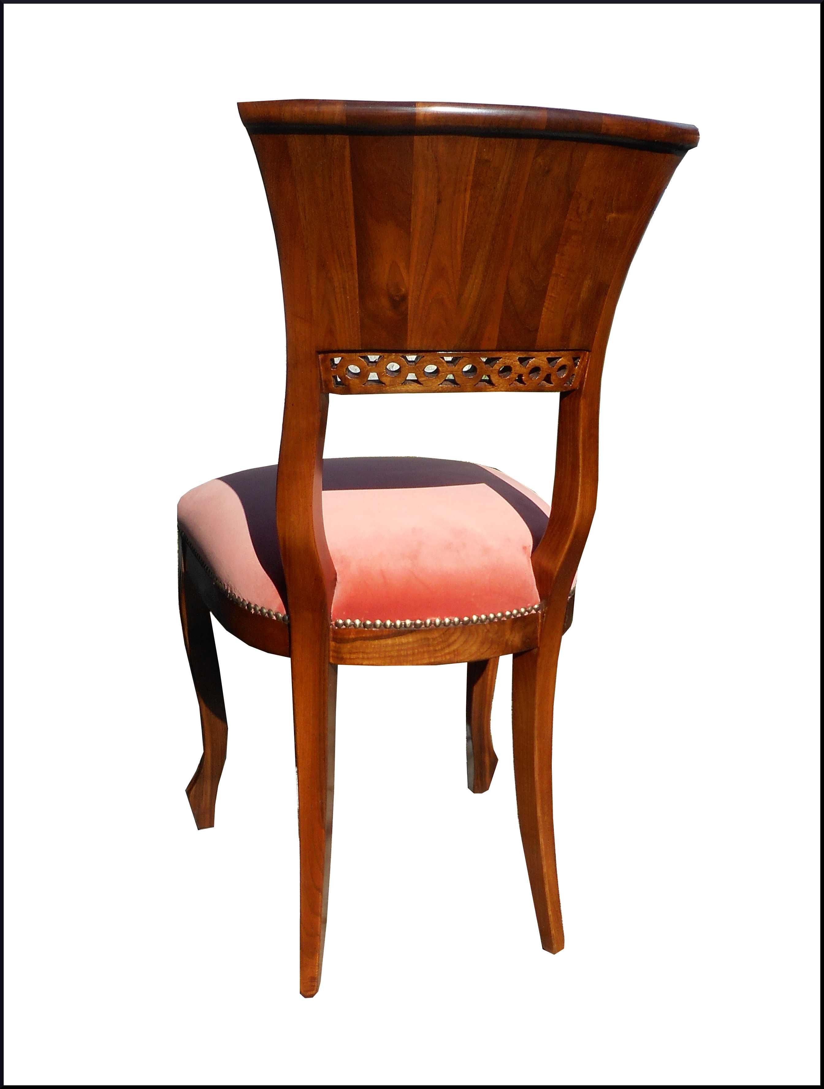 Elegante sedia Luigi Filippo intagliata
