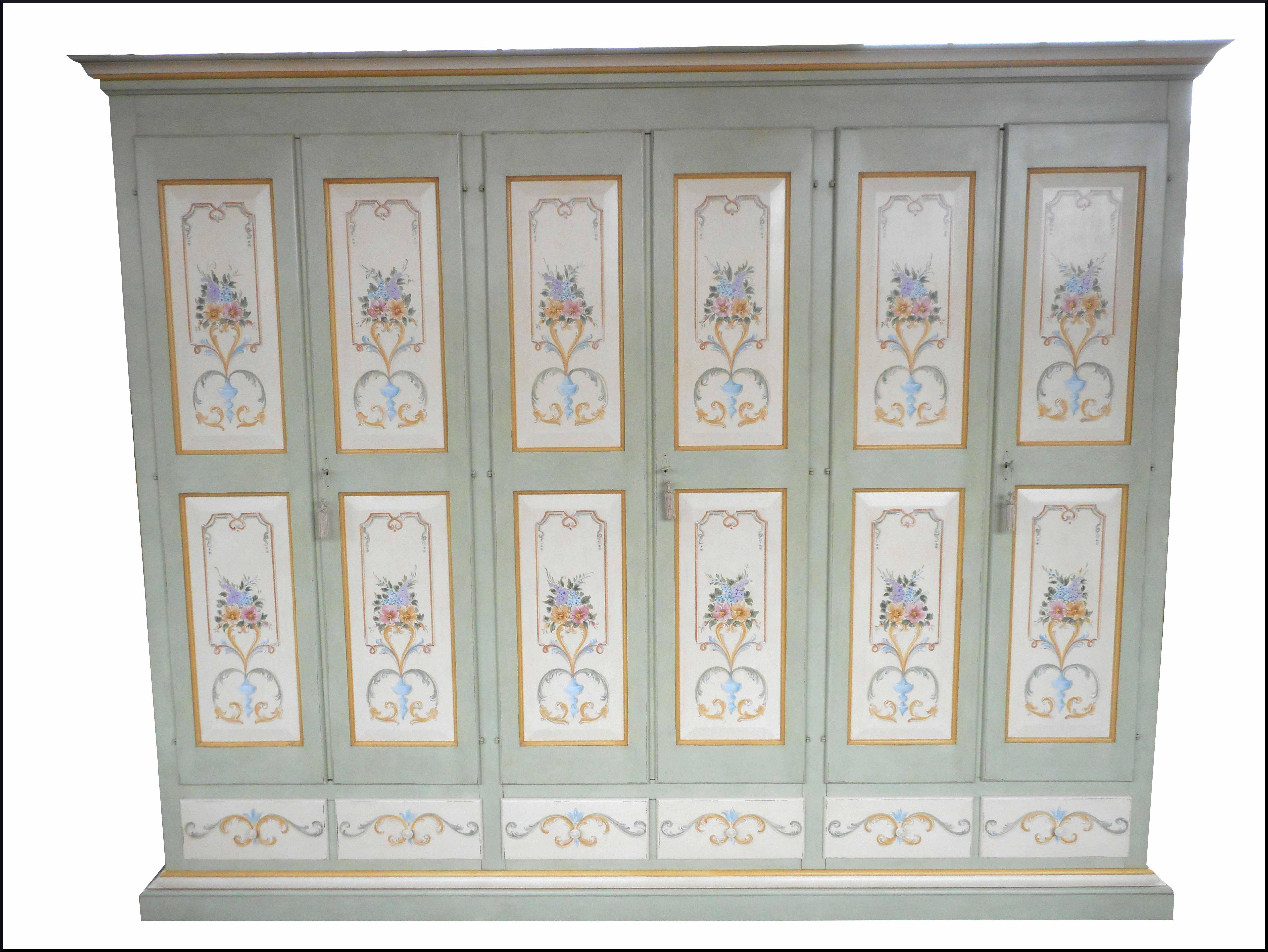 Decorazione Ante Armadio : Armadio a sei ante decorato a mano la commode di davide corno