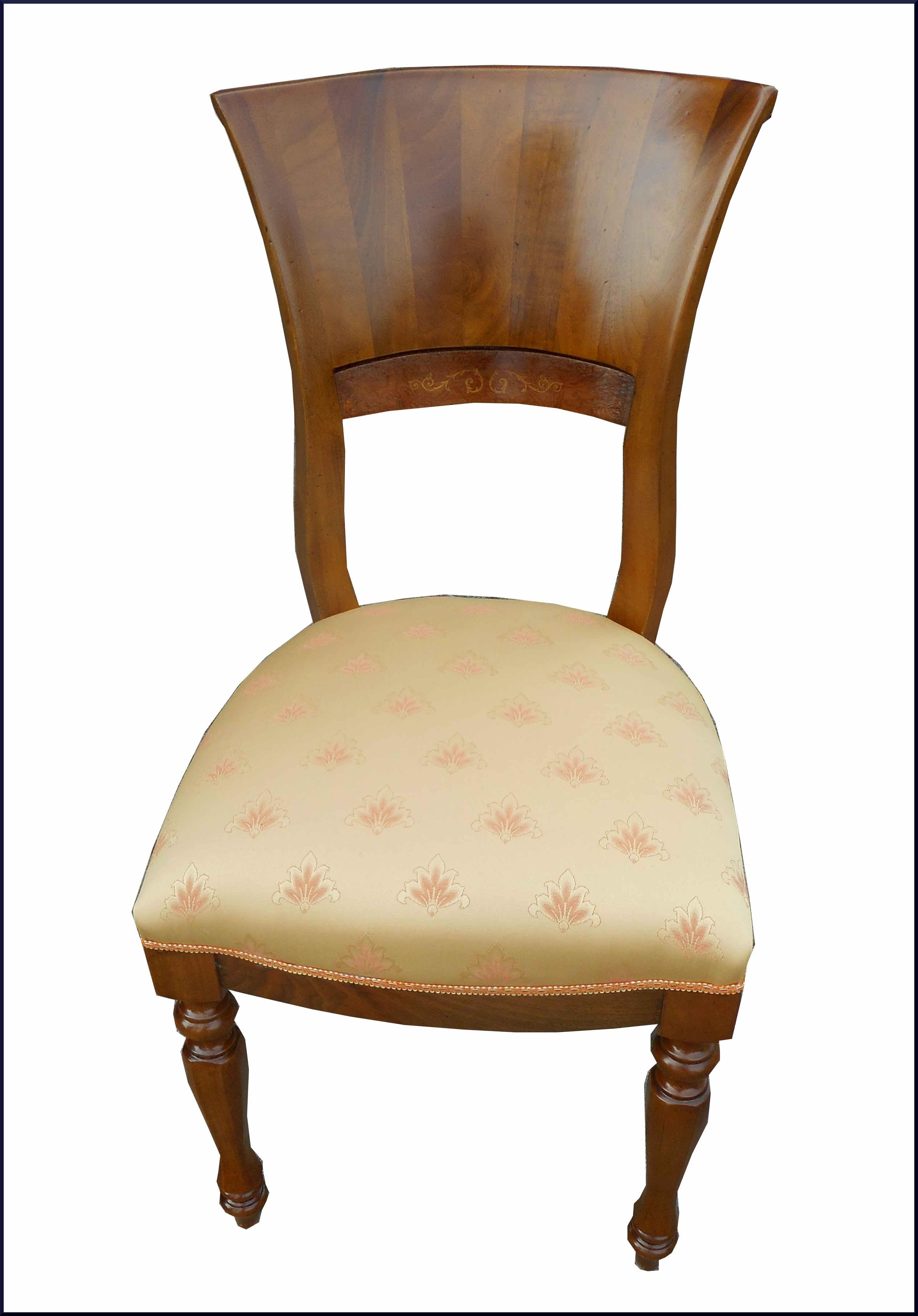 Quattro sedie artigianali intarsiate