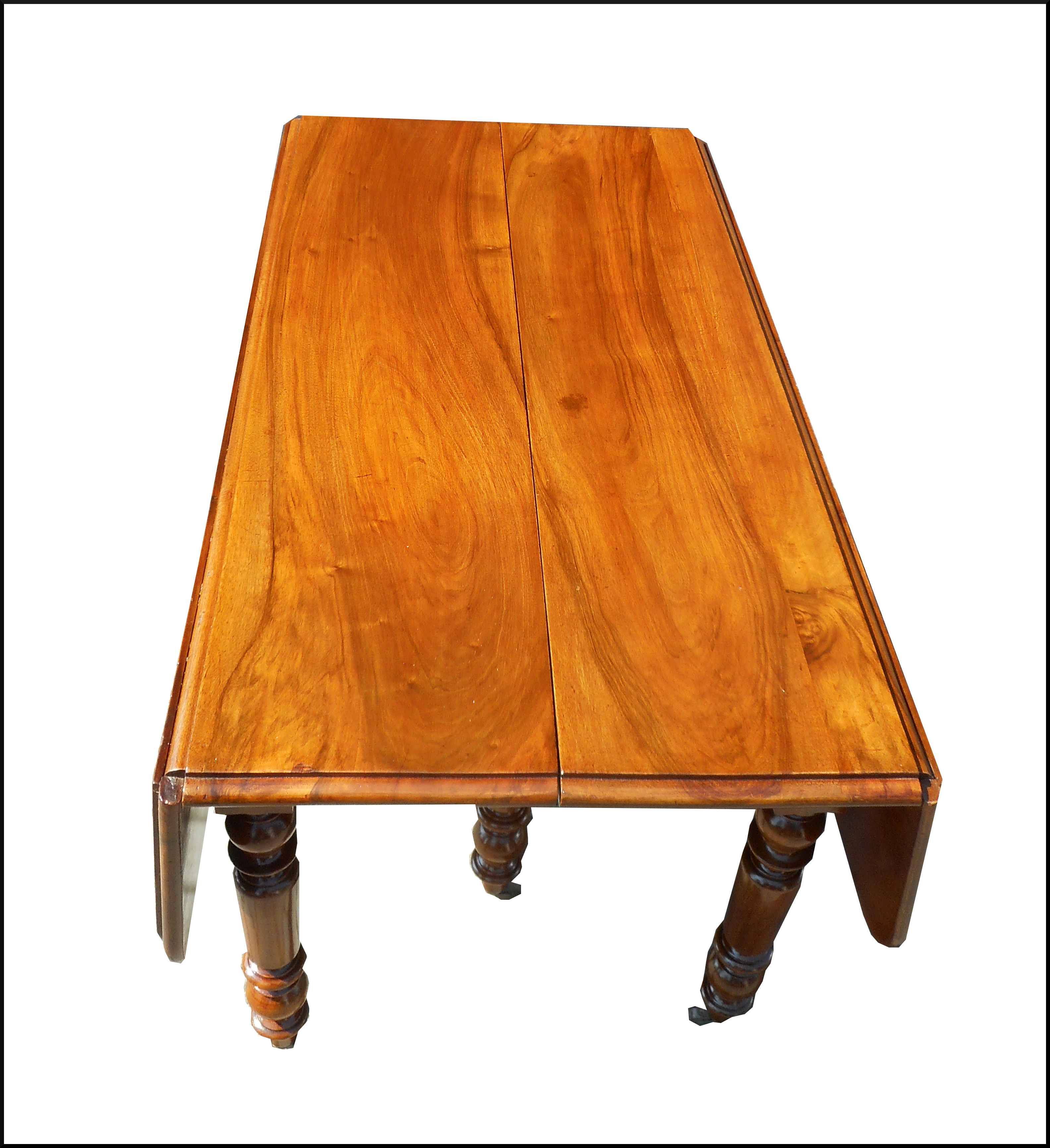 Tavolo a bandelle con gamba tornita