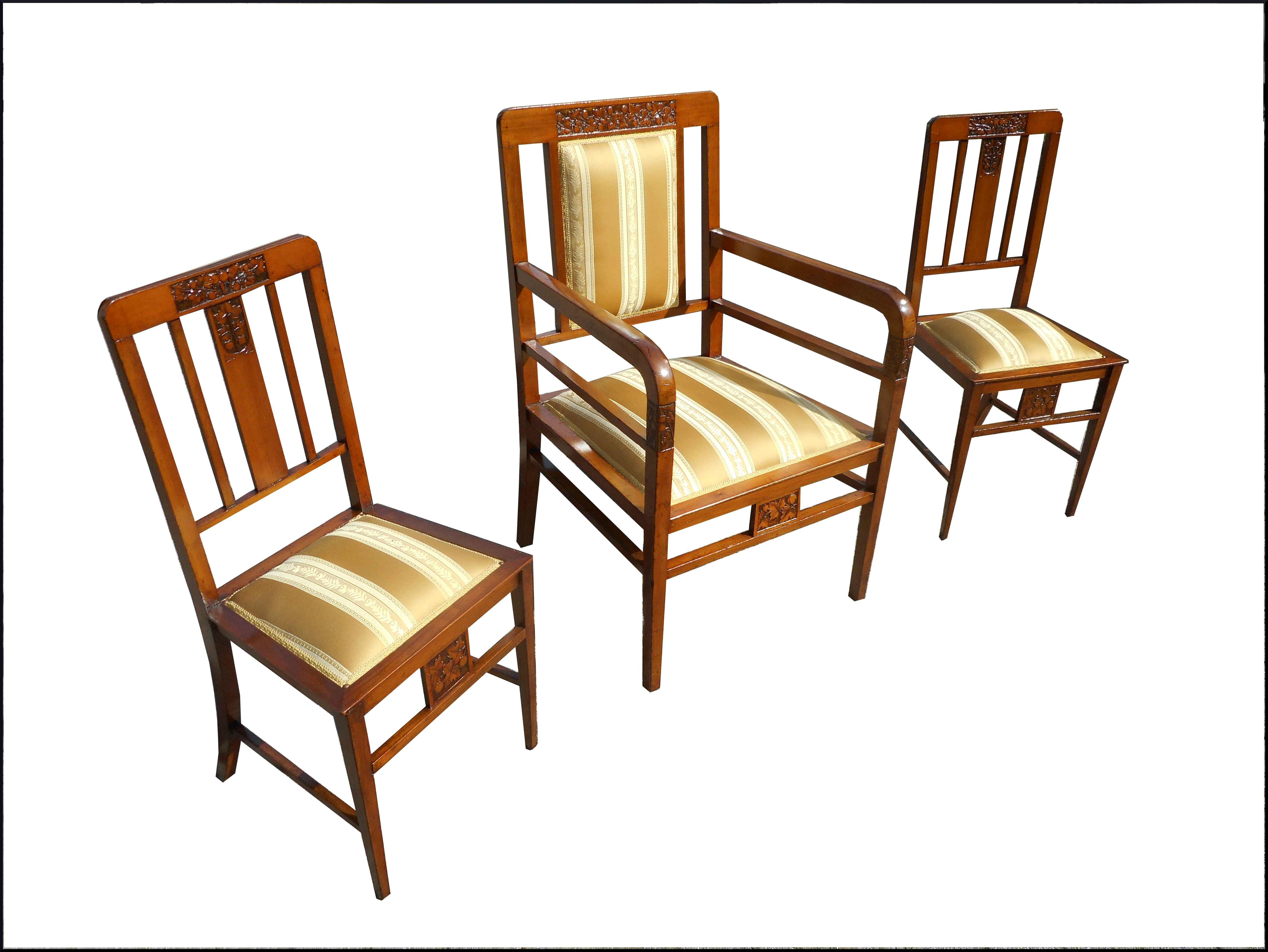 Capotavola con sedie liberty
