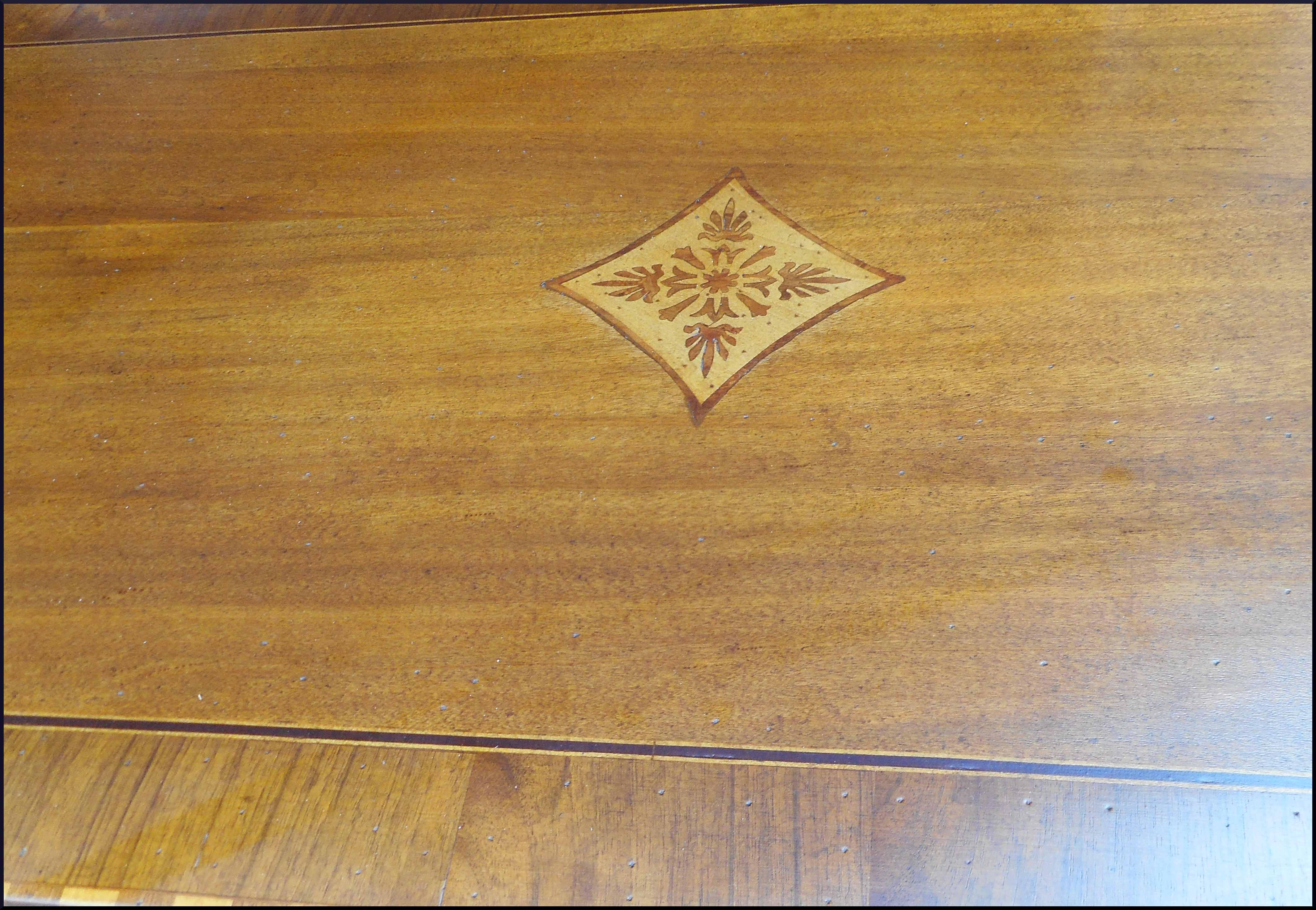 Scrittoio scrivania classica su misura